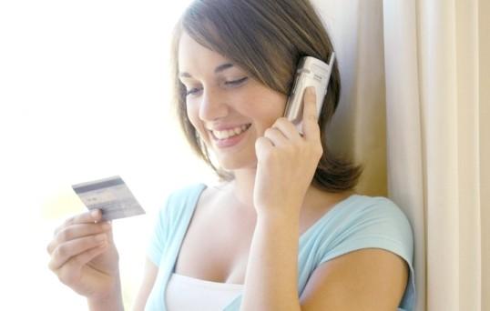 Банкомат не выдал деньги, но списал, или банкомат выдал больше денег: что делать?