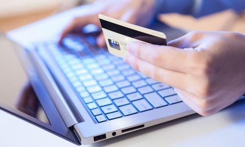 «В кармане»: займ онлайн на свою банковскую карту