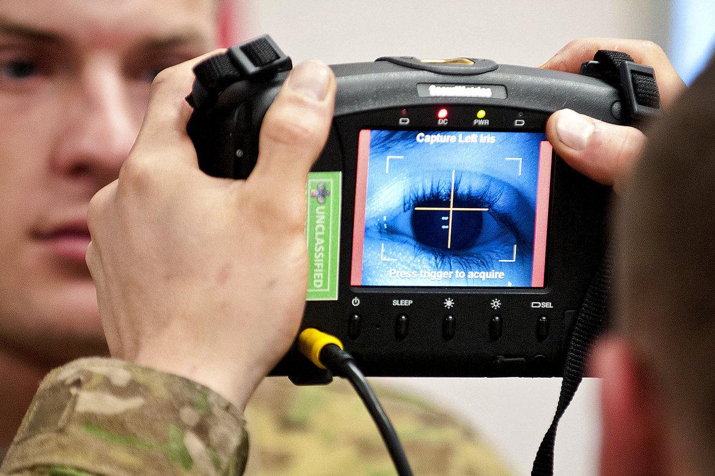 Начало эры биометрической идентификации: голос, фото, банки