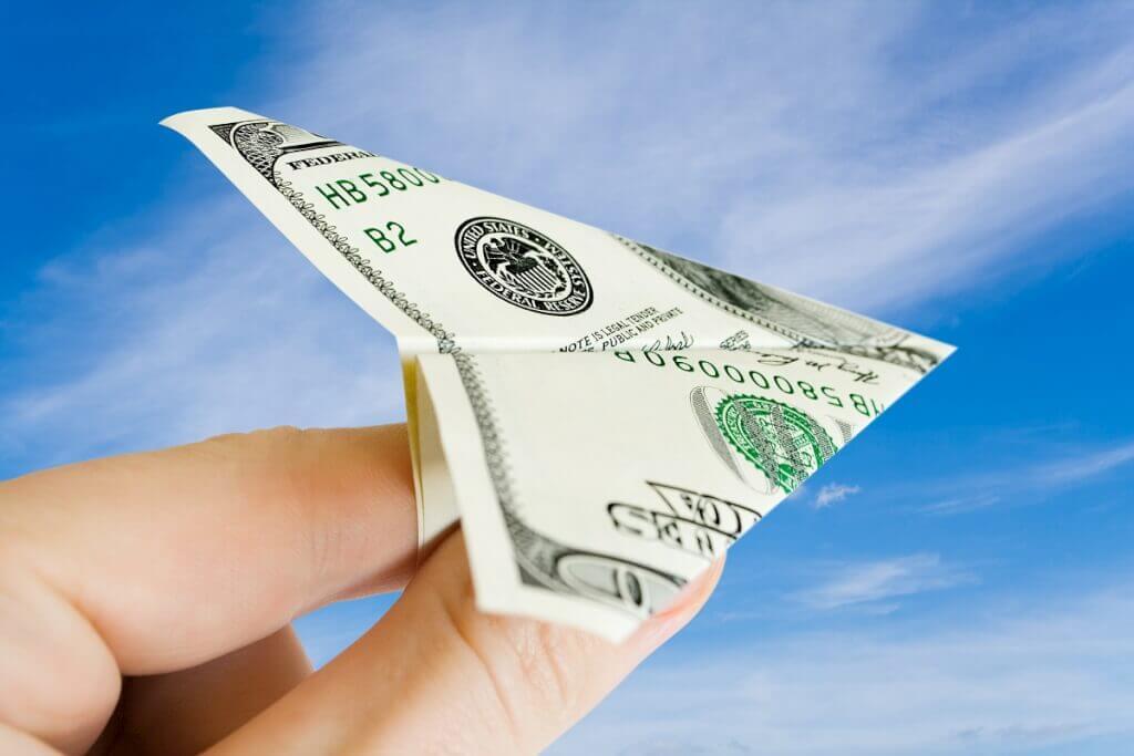 Как перевести деньги со счета на карту: 3 рабочих варианта